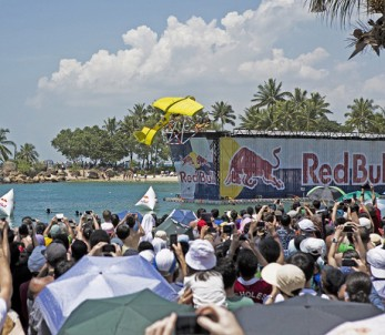 Red-Bull-Flugtag-Overview-1